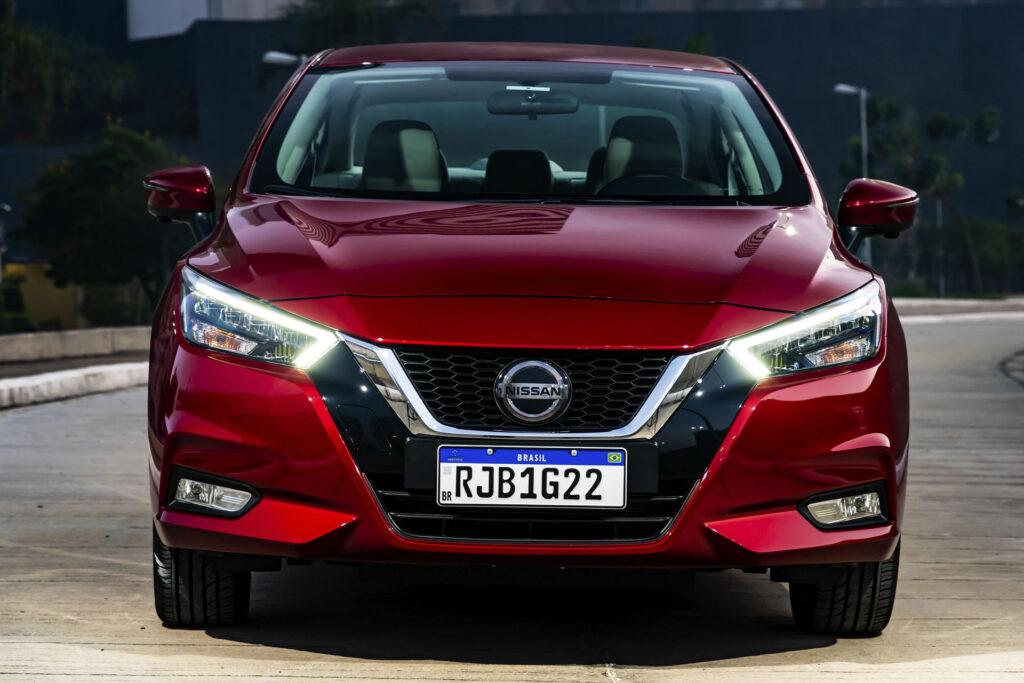 Nissan Versa 2021 Versão Exclusive CVT Frente