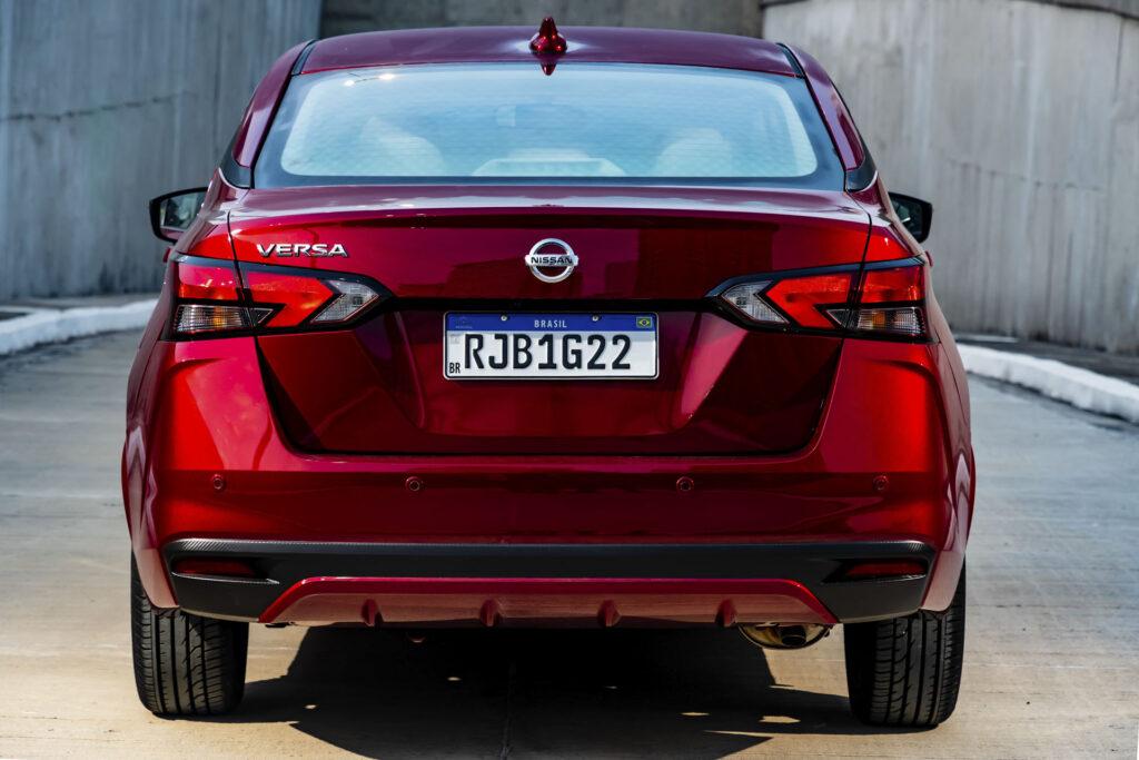 Nissan Versa 2021 Versão Exclusive CVT Traseira