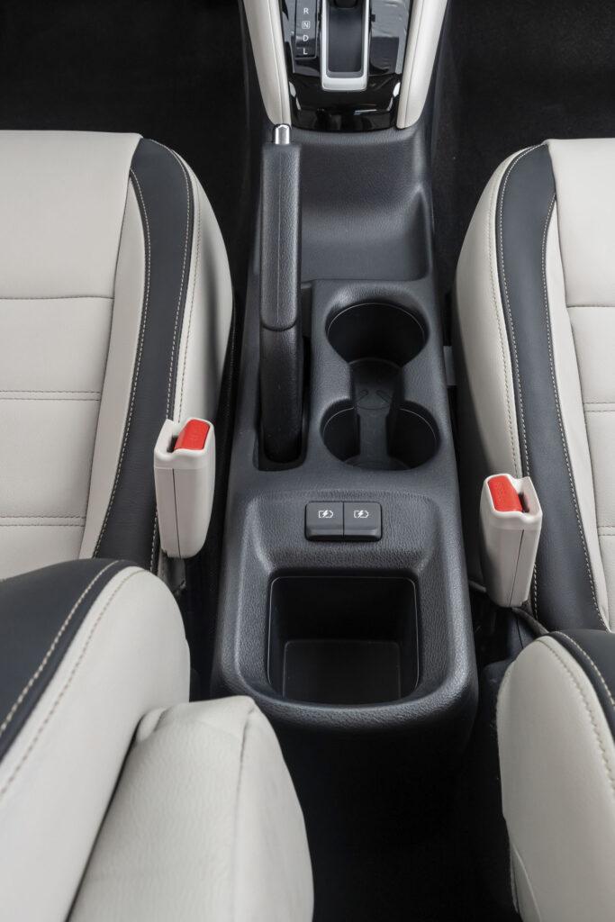 Nissan Versa 2021 Versão Exclusive CVT - console central