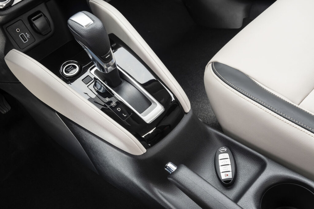 Nissan Versa 2021 Versão Exclusive CVT - Chave presencial