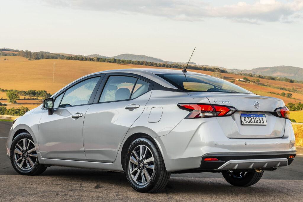 Nissan Versa 2021 Versao Advance CVT Traseira