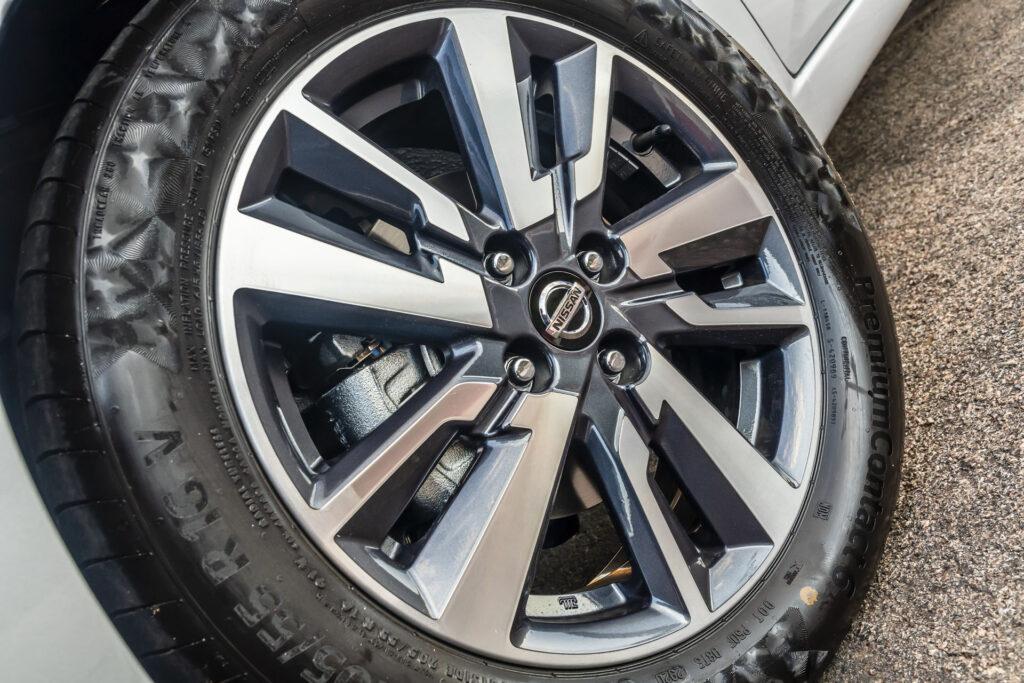 Nissan Versa 2021 Versao Advance CVT Rodas
