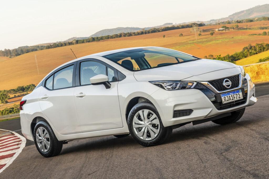 Frente do Novo Nissan Versa 2021 Versão Sense Manual