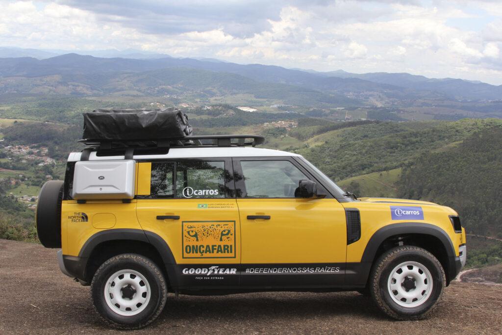 Land Rover Onçafari Rally dos Sertões - Lateral do Novo Land Rover Defender amarelo